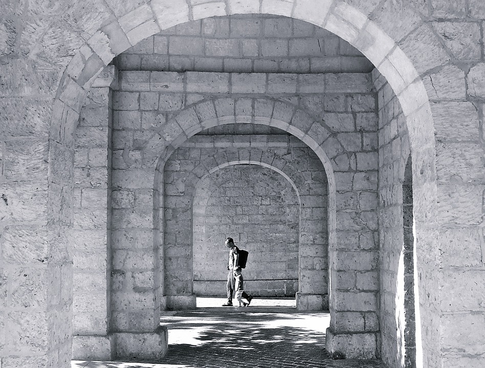 arch-1041135_960_720